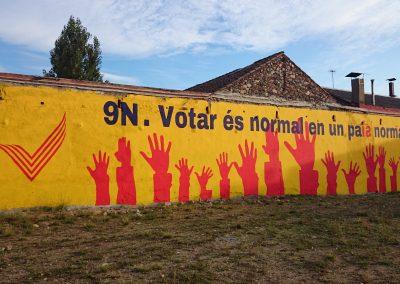 Mural_Sant_Celoni_referèndum_independència_9N